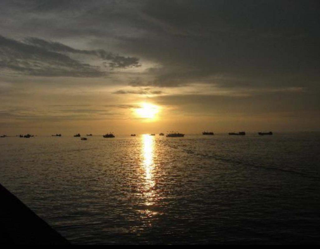 Sunset in Beihai