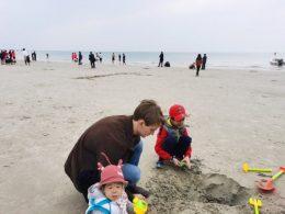 William on Silver Beach, Beihai